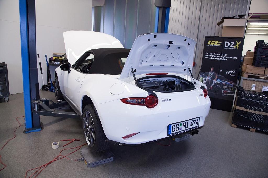Einbau eines KW Gewindefahrwerks in einem Mazda MX5