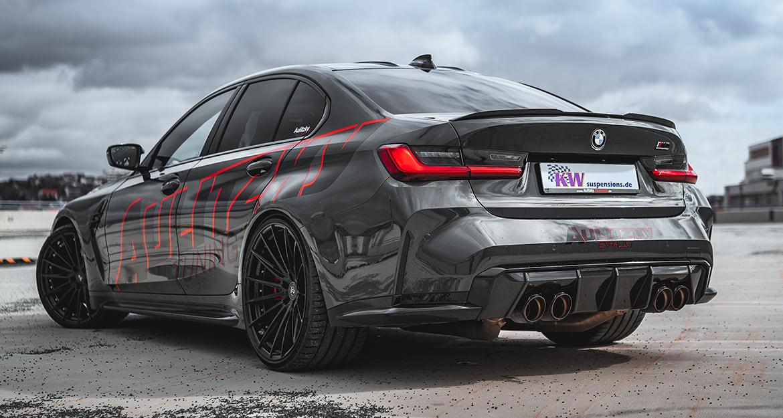 Eine zusätzliche Tieferlegung von 20 bis 35 Millimeter an der Vorderachse und 15 bis 30 Millimeter an der Hinterachse ist durch das KW Gewindefahrwerk Variante 4 bei der BMW M3 Limousine (G80) möglich.