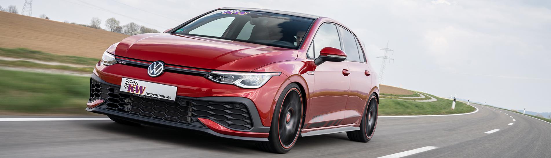 Laut Teilegutachten garantieren die KW Gewindefahrwerke Variante 1, Variante 2, Variante 3, Clubsport und DDC plug&play eine maximale Tieferlegung von 45 Millimeter im VW Golf 8 GTI inklusive GTI Clubsport.